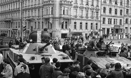 Soviet tanks invade Prague in 1968